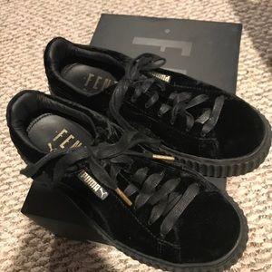 Rihanna Creepers Puma- black velvet